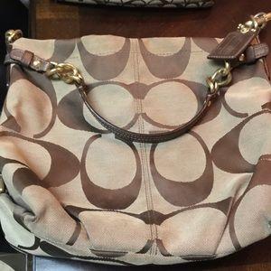 Medium size coach bag
